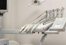 errato posizionamento di protesi dentarie
