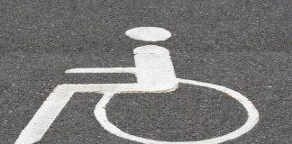sosta in area destinata a disabili
