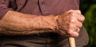 cadute degli anziani