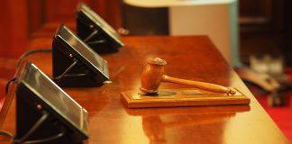 imputato magistrato oltraggio