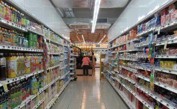 caduta all'interno di un supermercato