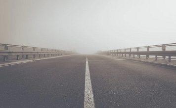 invasione della corsia di marcia opposta