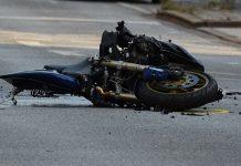 motociclista deceduto